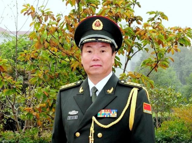 硬笔见风骨:著名军旅书法家刘一虎