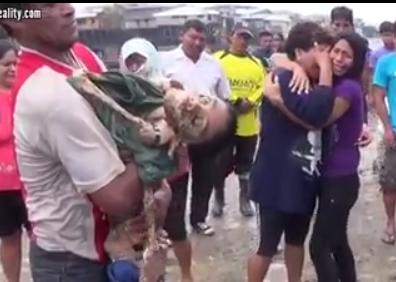 11岁游客泰国旅游不慎掉食人鱼池20分钟剩骨架