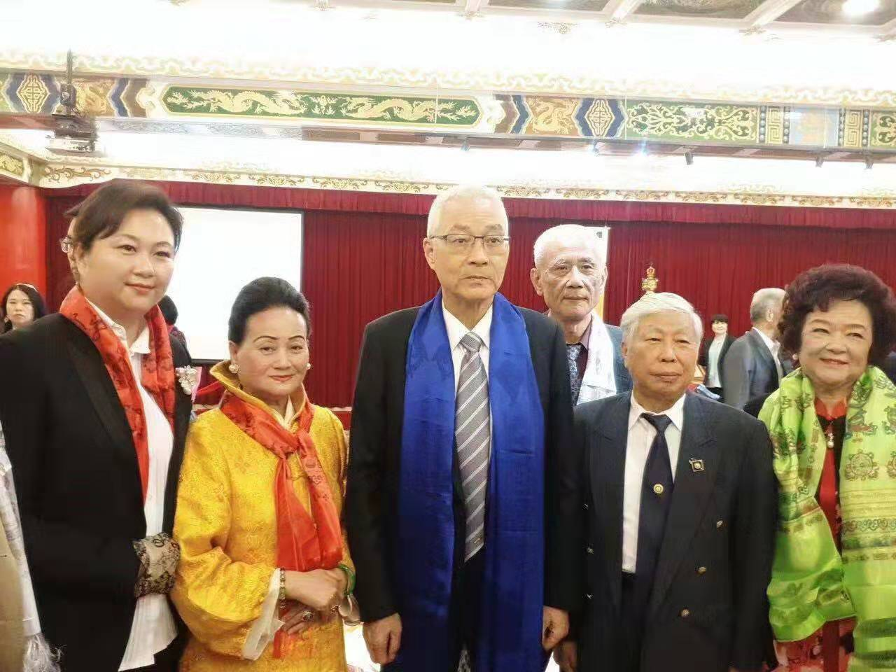 佛陀舍利千年圣物展暨企业家慈善联合会在台湾举行