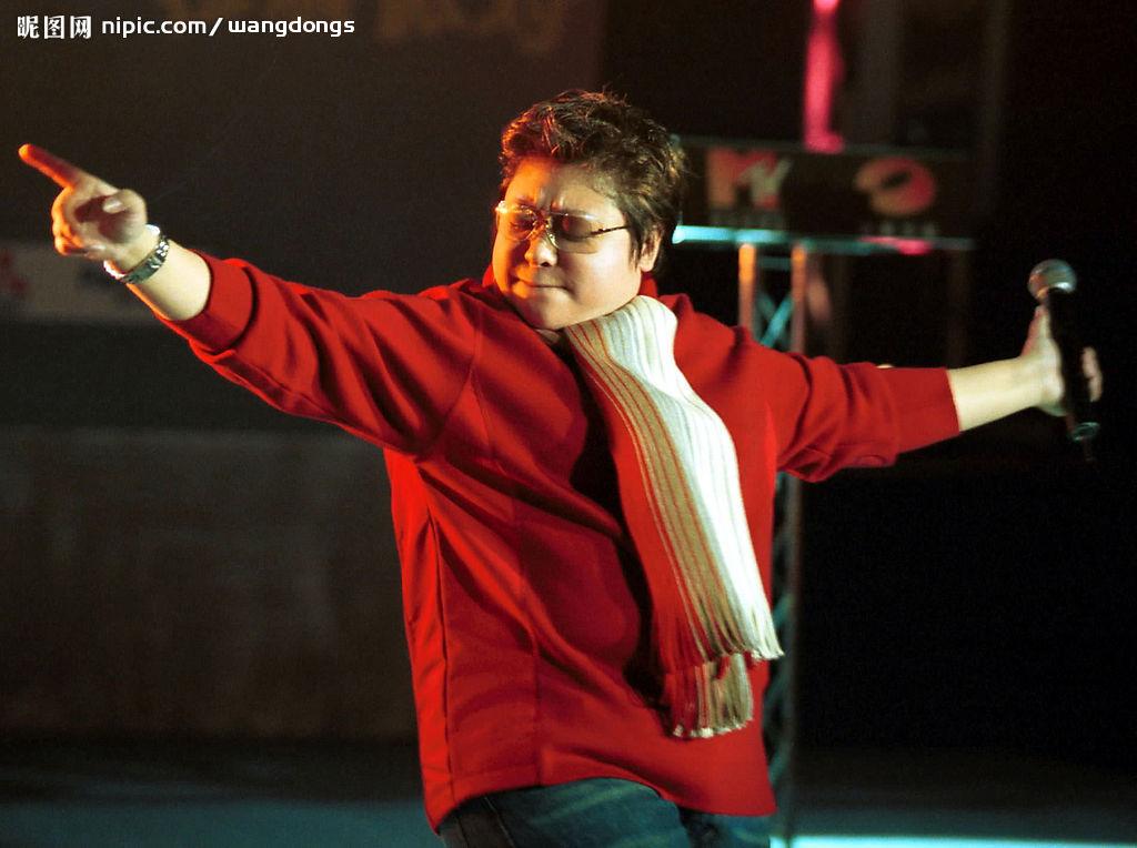 当代演艺圈最高贵的艺人:48岁韩红不怕倾家荡产仅为慈善!