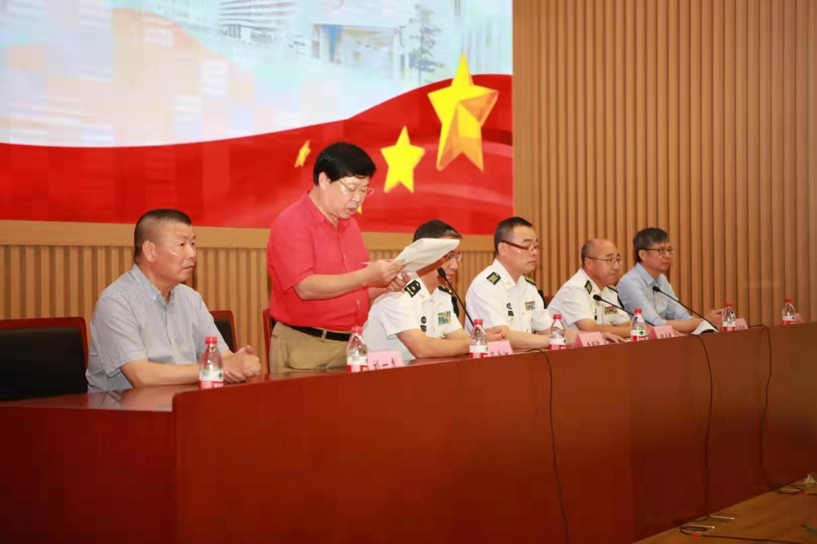 海军军医大学7O周年校庆上海举行隆重庆典