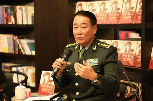 亚刊吕陈君:读刘源将军《梦回万里,卫黄保华》有感