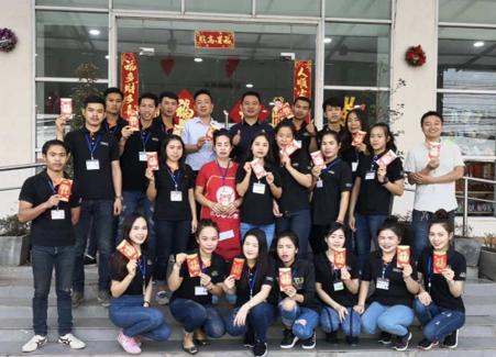 弘扬湘商精神:访老挝零售巨头张坤荣