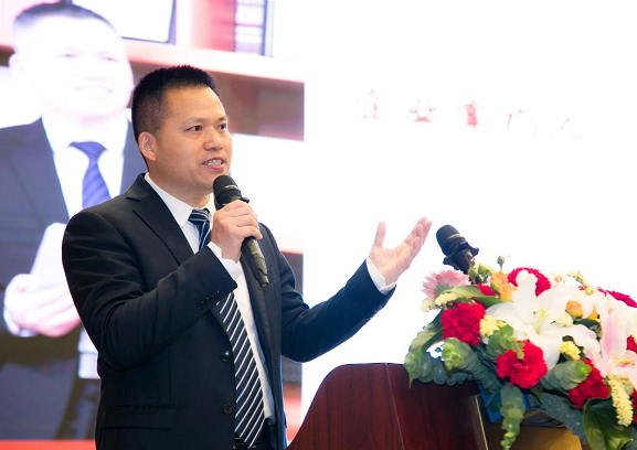 克敌咽喉炎的音爽蒲梅诞生记:著名作家企业家刘明的高远情怀